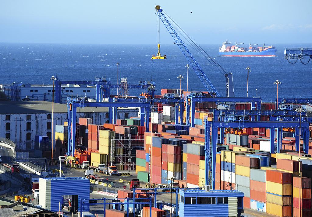 傲世皇朝平台商务部:1-4月我国服务贸易进出口总值同比增长3.3% 上半年出口有望延续良好势头